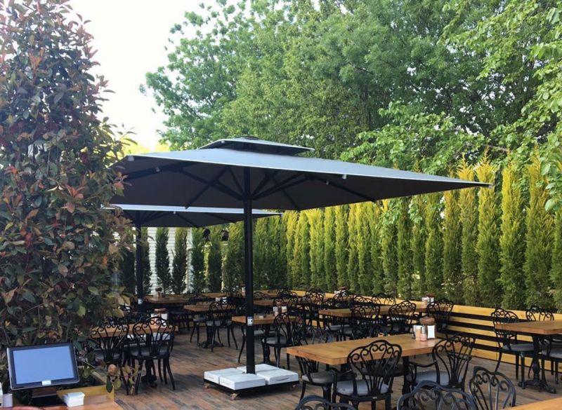 Biergarten Sonnenschirm